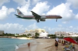 American 757-223 arriving in St. Martin