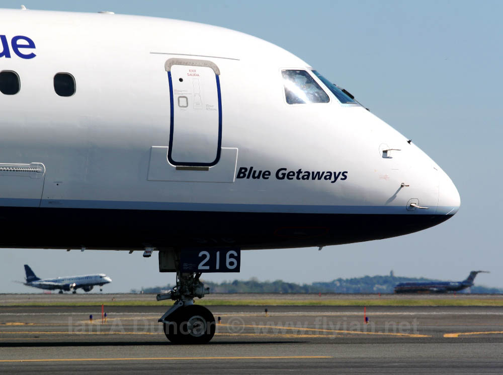 JetBlue E-190 nose